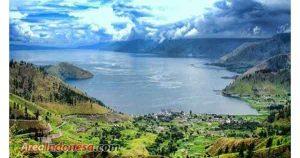 Wisata ke Danau Toba Indonesia