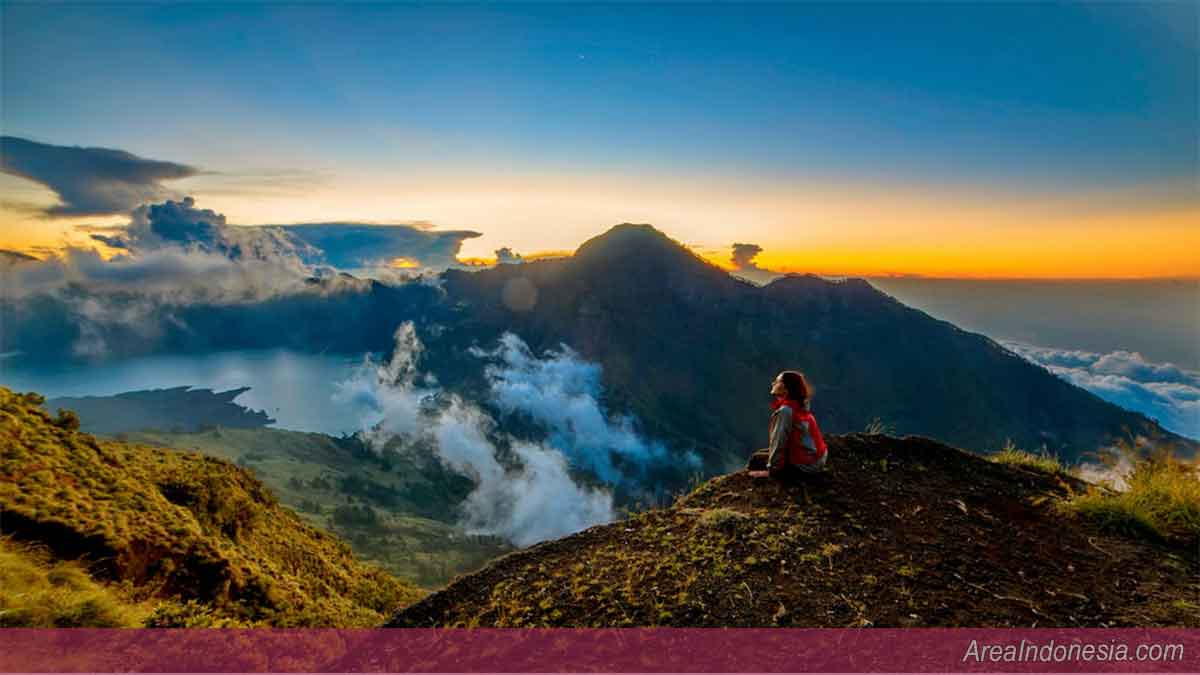 Gunung Rinjani Plawangan Sembalun