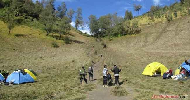 Tanjakan Cinta - Gunung Semeru -  Area Indonesia